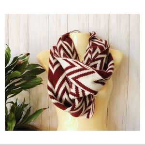 Maroon & White Patterned Acrylic Scarf